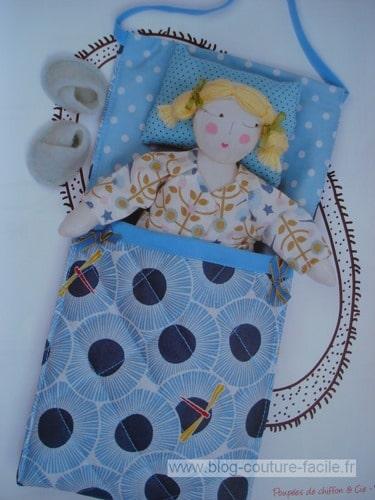 lit sac pour poupee de chiffon