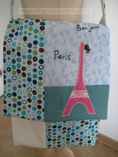 devant de sac en tissu Tour Eiffel