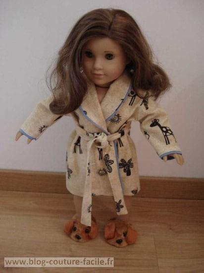peignoir pour poupée