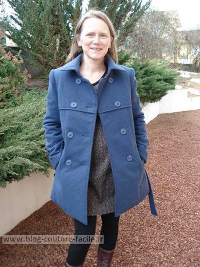 manteau vogue femme devant V8884