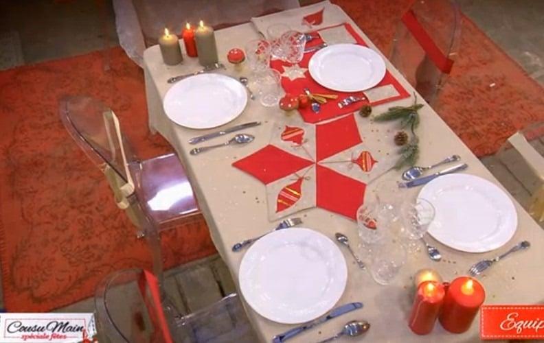 Cousu-main-M6-decoration-table-rouge