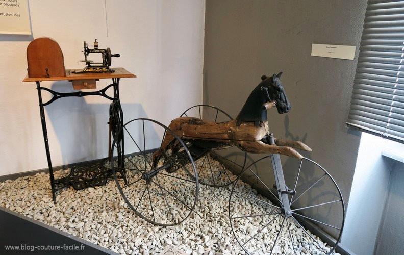 cheval-mecanique-ancien