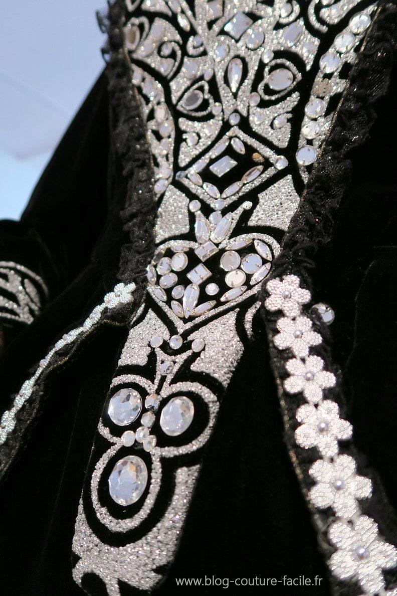 costume-la-comtesse-la-dame-de-pique-detail