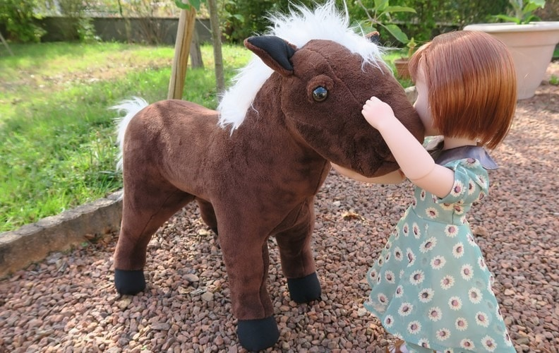 peluche cheval pour poupee