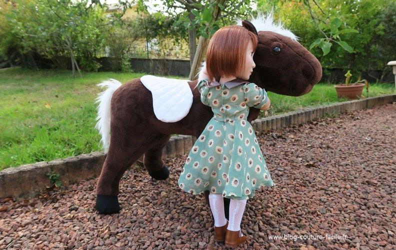 peluche couverture cheval pour poupee