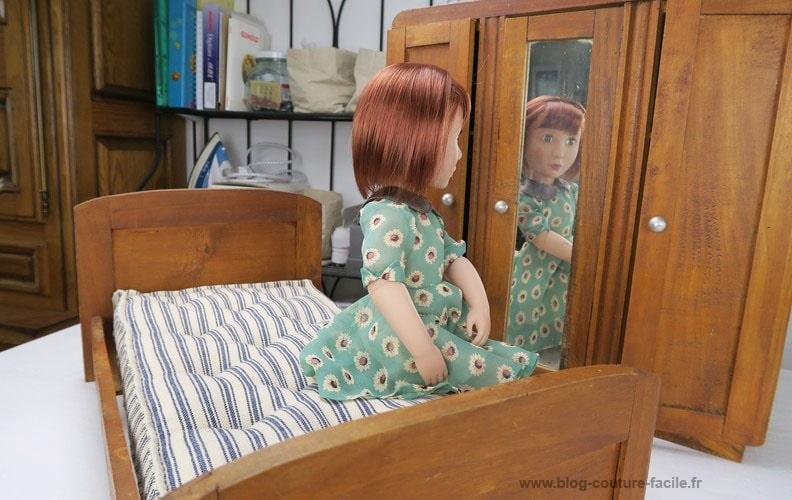lit-pour-poupee-avec-matelas