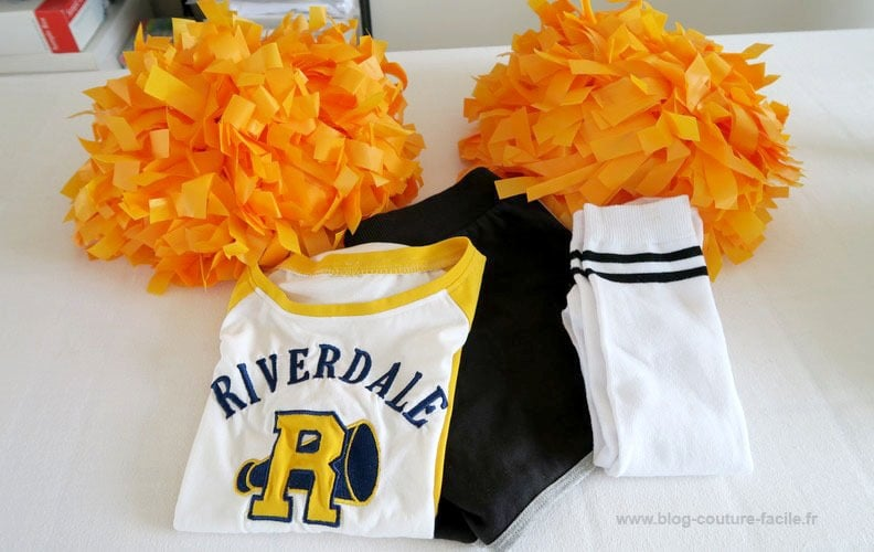tenue-cheerleader-riverdale
