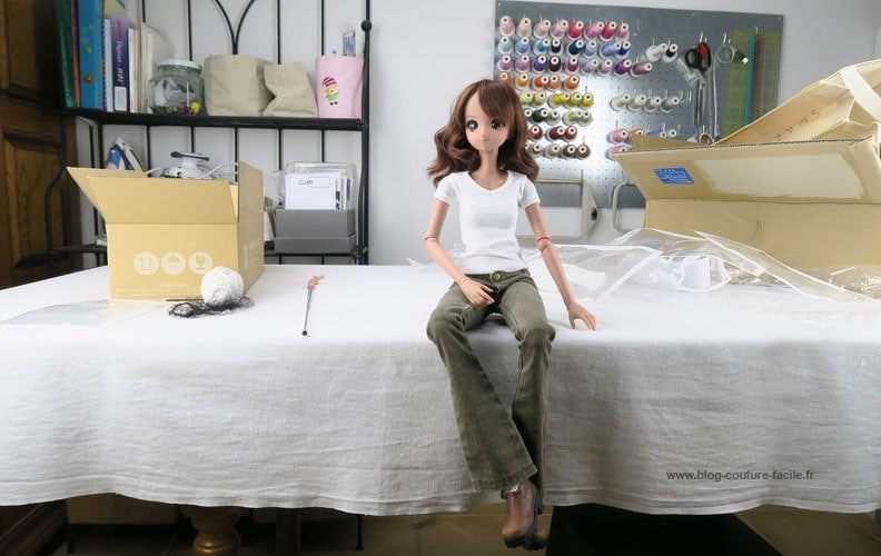 unboxing-smart-doll-symphony