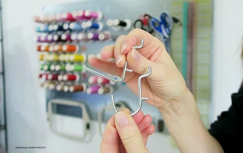 crochet pour rangement plaque mettalique